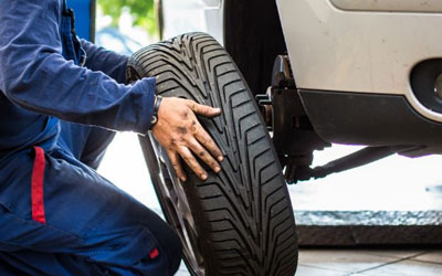 Tyre fitting img